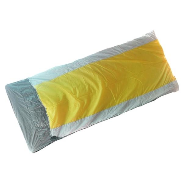 Спальный мешок Normal Тамань XXLОблегченный спальный мешок, одеяло, HF (150х1), ширина 100см.<br><br>Вес кг: 1.60000000