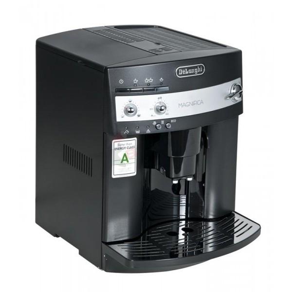 Кофемашина DL Magnifica ESAM 3000 BКофемашина автоматическая с ручным взбиванием молока для приготовления отличного капуччино или латте. Эспрессо же кофемашина делает просто восхитительным - главное не забывать покупать хороший кофе в зернах (хотя и молотый кофе тоже можно использовать)<br><br>Вес кг: 10.10000000