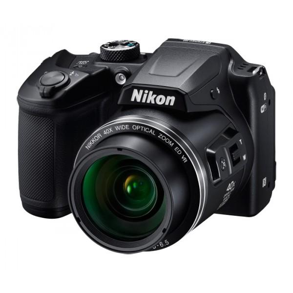 Фотоаппарат Nikon Coolpix B500 компактныйNikon COOLPIX B500 — легкость получения изображений самого высокого качества.<br><br>Объектив NIKKOR с мощным 40-кратным оптическим зумом, расширяемым до 80-кратного с помощью функции Dynamic Fine Zoom?, перенесет вас в эпицентр событий, а боковой рычажок зуммирования обеспечит дополнительную устойчивость. Вы сможете выбрать уникальный ракурс с помощью наклонного ЖК-монитора высокой четкости, с легкостью повторно поймать объект в кадр, воспользовавшись кнопкой возврата зуммирования, и поддерживать соединение фотокамеры с интеллектуальным устройством благодаря приложению SnapBridge. Интуитивно понятное расположение элементов управления упрощает процесс съемки, а доступ к часто используемым функциям возможен с помощью диска выбора режимов. Благодаря классическому дизайну корпуса фотокамеру удобно держать в руках.<br><br>16-мегапиксельной фотокамерой COOLPIX B500 можно снимать с самых необычных ракурсов.<br><br>Вес кг: 0.60000000