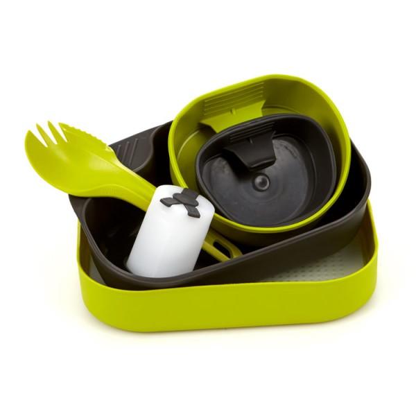 Wildo Camp-A-Box Complete Портативный набор посудыЛегкий и практичный набор туристической посуды. Состоит из :<br><br>средняя тарелка (нижняя часть контейнера)<br>большая тарелка (верхняя часть контейнера-крышка)<br>большая кружка Fold-A-Cup Big<br>малая кружка Fold-A-Cup<br>разделочная доска<br>солонка-перечница Shaker<br>вилка-ложка Spork<br><br>Вес кг: 0.27000000