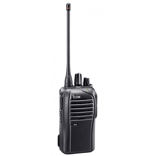 Радиостанция ICOM IC-F4103D портативнаяIcom IC-F4103D — портативная станция частотного диапазона UHF от японского производителя ICOM с пыле- влагозащитой корпуса класса IP54, прочности по стандарту MIL-STD 810. Не имеет дисплея и предназначена для эксплуатации в сложных условиях, подразумевающих возможность падения и другие механические воздействия, высокую влажность, широкий диапазон рабочих температур. Радиостанция является функциональным аналогом ICOM IC-F3103D3, работающей в частотном диапазоне UHF.<br>
