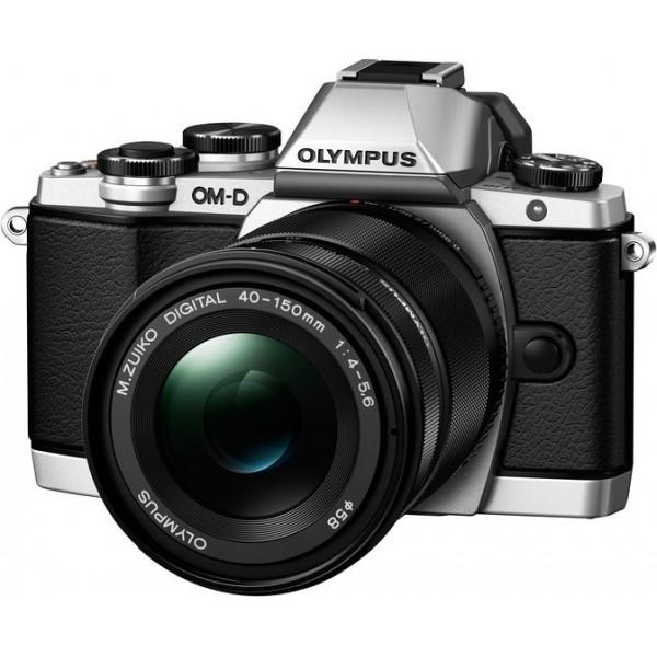 Фотоаппарат Olympus OM-D E-M10 Mark II Kit 14-150 mm F/4-5.6 II Silver со сменной оптикойВнешний вид этой камеры напоминает нам самую первую модель ОМ-1, но при этом она оснащена большим количеством необходимых функций, которые помогут опытным фотолюбителям совершенствовать свое мастерство, а начинающим помогут быстро понять и освоить основы фотографии. C Olympus ОM-D E-M10 Mark II вы не упустите ни одного важного момента.<br><br>Новая системная камера OM-D E-M10 Mark II уникальна тем, что она ориентирована на фотографов, которые ценят не только скорость работы камеры и возможность без проблем делать спонтанные кадры «навскидку», но и классический дизайн! Органы управления новинки напоминают привычные переключатели пленочных камер. Но в данной модели их использование в сочетании с современными цифровыми возможностями камеры доведено до совершенства!<br><br>Камера E-M10 Mark II предлагает пользователю большой безынерционный электронный OLED-видоискатель высокого разрешения (более 2 МП), поворотный 3-дюймовый сенсорный дисплей, Time Lapse c ультравысоким разрешением 4k, публикацию фотографий и удаленное управление всеми функциями камеры с помощью смартфона (с Olympus OI.Share), и массу других оригинальных функций, выгодно выделяющих серию данных камер на фоне конкурентов.<br><br>В условиях низкой освещенности и при съемке в движении раскрывает весь свой потенциал не имеющий мировых аналогов по эффективности работы 5-осевой стабилизатор изображения. Он позволяет устранить размытие, вызываемое «подёргиванием» камеры в руках, практически в любой ситуации: от сдвигов при макросъемке до угловых смещений при работе с телеобъективами или ночной съемке. Не требуется отключать его и при работе со штатива или монопода.<br><br>5-осеовой стабилизатор изображения работает независимо от используемого объектива и обеспечивает отличную компенсацию выдержек при съемке «с рук» до 4 ступеней экспозиции. Даже если вы снимаете одной рукой, вы получите плавные видеоролики и четкие фотосним