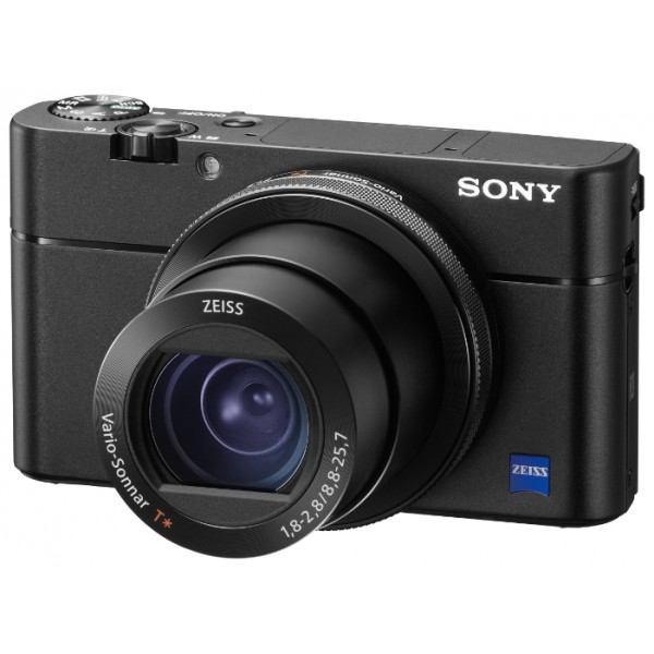 Компактный фотоаппарат Sony Cyber-shot DSC-RX100M5Камера DSC-RX100M5 первой из серии RX100 оснащена быстрой и точной гибридной автофокусировкой за невиданные 0,05 с, функцией серийной съемки на скорости 24 кадров/с с отслеживанием AF/AE и производительностью до 150 снимков, а также технологиями съемки видеороликов 4K и записи видео с суперзамедлением до 960 кадров/с.<br><br><br>Объектив ZEISS® Vario-Sonnar T* для реалистичной передачи изображений<br><br>Высокая скорость благодаря CMOS-матрице Exmor RS™<br><br>BIONZ™ X — отличная детализация и передача фактуры<br><br>Широкая зона покрытия с 315 густо расположенными точками АФ<br><br>Автофокусировка всего за 0,05 с<br><br>Плавное отслеживание во время серийной съемки со скоростью до 24 кадров/с<br><br>Беззвучная съемка для особых ситуаций<br><br>AF-A — автоматическое переключение режимов фокусировки<br><br>Антидисторсионный затвор с минимальной выдержкой 1/32000 с<br><br>Потрясающее видеоролики 4K<br><br>Быстрая гибридная автофокусировка во время видеосъемки для камеры серии RX100<br><br>Функция захвата изображений из фильмов<br><br>Видео с суперзамедлением до 960 кадров/с теперь вдвое длиннее<br><br>Яркий видоискатель XGA OLED Tru-Finder™ поможет оценить результаты работы<br><br>Кольцо управления для расширенных возможностей фотосъемки<br><br>Гибкие возможности съемки благодаря ЖК-экрану с углом наклона 180<br><br>Контекстные кнопки для свободы творчества<br><br>Расширенный диапазон чувствительности ISO для съемки в любых условиях<br><br>Режим двойной записи: съемка фотографий во время видеозаписи<br><br>Яркий предварительный просмотр<br><br>Функция MF Assist и выделения зоны резкости для точной фокусировки<br><br>Фиксирующий автофокус для расширенных возможностей фотосъемки<br><br>Автофокусировка по глазам в режиме непрерывной автофокусировки AFC<br><br>Выбор в пользу профессионального качества видеозаписи в форматах XAVC S и AVCHD<br><br>Широкий выбор профессиональных режимов для видеосъемки<br><br>Установки имени 