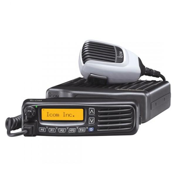 Радиостанция Icom IC-F5061 АвтоВ модели радиостанции Icom IC-F5061 улучшены технические характеристики, связанные для организации самой радиосвязи. Отличительная особенность - они имеют возможность работы в различных режимах: обычном конвенциональном, LTR и цифровом. Для цифрового обмена информацией и командами радиостанции совместимы с системой MDC 1200 или BIIS 1200 в зависимости от модификации. Рация Icom IC-F5061 имеют широкий диапазон рабочих частот, 512 каналов памяти, которые для быстрого доступа к необходимому каналу разделены на 128 зон.<br><br>Литая алюминиевая конструкция специально создана для использования и длительной эксплуатации в жестких условиях. Передняя панель Icom IC F5061 выполнена из ударопрочного поликарбоната. Новый высокопрочный коммуникатор НМ-148 обладает большей надежностью и устойчивостью к силовым нагрузкам, его увеличенные размеры позволяют легко использовать даже в надетых перчатках. Радиостанции отвечают требованиям IP54 защиты от пыли и влаги.<br><br>Съемная передняя панель имеет встроенный 4 Вт динамик и позволяет вынести ее от радиостанции на расстояние до 8 метров. На высококонтрастном ЖК-дисплеи при любых условиях освещенности четко высвечивается все оперативная информация. Благодаря точечной матрице хорошо различимы символы верхнего и нижнего регистров. Информация отображается в одну строку с 12 знаками или в две строки с 24 знаками. Подсветка дисплея стандартного янтарного цвета.<br><br>В IC-F5061 имеются различные режимы сканирования, в том числе режим избирательного сканирования, при котором автоматически осуществляется проверка и измерение мощности уровня сигнала ретрансляторов и осуществляется оптимальный выбор базовой станции с максимальным уровнем сигнала.<br><br>Вес кг: 1.30000000