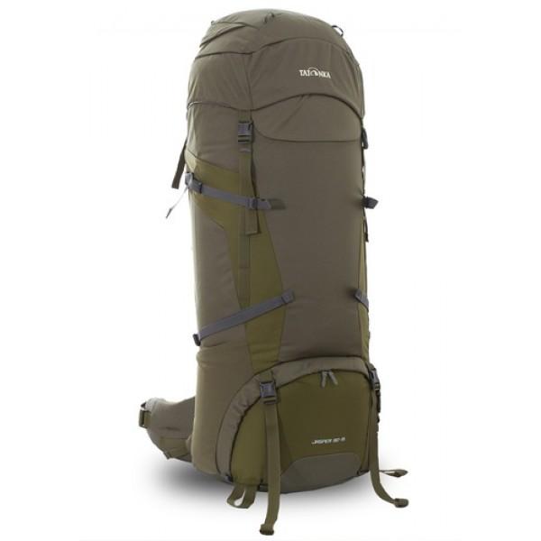 Рюкзак Tatonka Jasper 90+15 oliveРюкзак Jasper 90+15 выполенен в строгом дизайне из прочной ткани Textreme 6.6. Одно просторное отделение позволит с удобством разместить все необходимые в походе или путешествии вещи. Засчет объемной крышки и расширяющегося основного отделения объем рюкзака достигает 105 литров. Прочная удобная спина рюкзака выполнена с учетом анатомических особенностей спины человека, благодаря этому с рюкзаком будет комфортно идти даже в продолжительном походе. Нижнее и основное отделения рюкзака разделены съемной перегородкой на молнии, одним движением их можно соединить между собой или снова разделить. Доступ в основное отделение осуществляется через верхний расширяющийся вход, в нижнее отделение оснащено молнией с двумя бегунками, благодаря чему можно получить доступ к конкретным нужным вещам, не открывая молнию полностью.<br><br><br>Система подвески Y1<br><br>Одно основное отделение, уведичивающееся в объеме в верхней части<br><br>Объемная крышка рюкзака с крючком для ключей<br><br>4 петли на крышке<br><br>Крышка рюкзака регулируется по высоте (до 25 см выше стандартного положения)<br><br>Затяжка внутреннего отделения на один или два шнура, в зависимости от объема заполнения<br><br>4 боковые затяжки позволяют регулировать объем<br><br>Петли для крепления треккинговых палок<br><br>Два боковых просторных кармана<br><br>Широкий плотный набедренный пояс с двумя параметрами регулировки (по ширине и степени прилегания к рюкзаку)<br><br>Регулировка спины рюкзака позволяет отрегулировать высоту лямок, натяжение лямок относительно спины рюкзака<br><br>Спина рюкзака выполнена с учетом анатомических особенностей спины человека<br><br>Сетчатые элементы в спине и набедренном поясе позволяют обеспечить вентиляцицю в жаркую погоду<br><br>Регулируемый по ширине и высоте нагрудный ремень<br><br>В нагрудный ремень вшита резинка для комфорта движения<br><br>Прочная ручка для переноски и помощи при надевании рюкзака<br><br>Молния в нижнее отделение оснащена двумя 