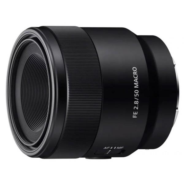 Объектив Sony FE 50mm f/2.8 Macro (SEL-50M28)Этот объектив создан специально для камер с полнокадровыми матрицами для макросъемки в масштабе 1:1. Он позволяет приблизиться к объекту на расстояние 16 см, а при стандартном угле обзора в кадр попадают и детали фона, что позволяет фотографу творить без ограничений. Система управления продумана так, чтобы максимально упростить и оптимизировать макросъемку.<br><br>Прекрасные оптические характеристики объектива соответсвуют высоким требованиям камер Сони и гарантируют точность и надежность для широких возможностей съемки.<br><br>Вес кг: 0.30000000