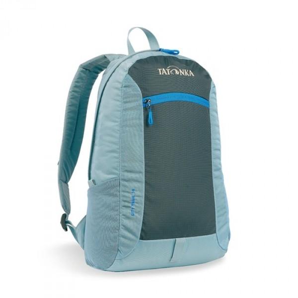 Рюкзак Tatonka City Trail 16 washed blueCity Trail 16 - аккуратный и удобный рюкзак для города, оснащен боковыми сетчатыми карманами и центральным карманом на молнии, держателем для ключей.<br><br><br>Спинка Padded Back<br><br>Ручка для переноски<br><br>Крючок для ключей<br><br>Петля для крепления фонаря<br><br>Боковые сетчатые карманы<br><br>Центральный карман на молнии<br><br>Внутренний карман в основном отделении<br><br>Вес кг: 0.32000000