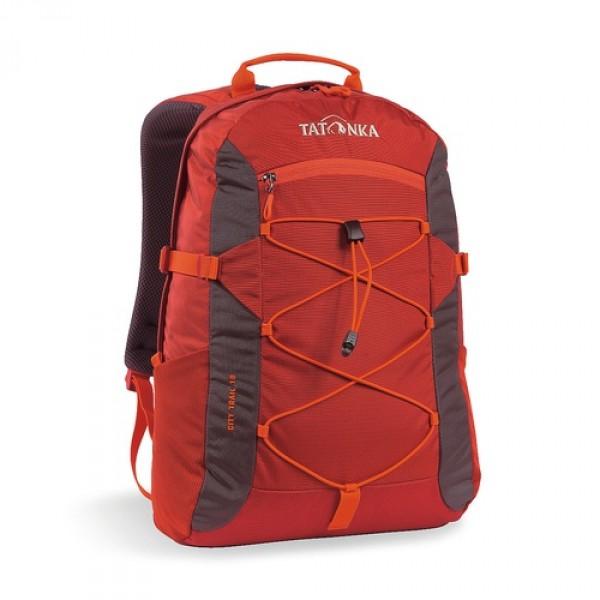 Рюкзак Tatonka City Trail 19 redbrownCity Trail 19 идеален для ежедневного использования. Спинка Vent Comfort Back System обеспечит вентиляцию даже в жаркий день. Рюкзак оснащен прилегающим к спине карманом для ноутбука 15,4 дюйма. Карман не доходит до дна рюкзака, таким образом, даже если неаккуратно поставить рюкзак на пол, ноутбук будет в сохранности. Основное отделение закрывается на молнию с двумя бегунками. Эластичная стропа по центру рюкзака позволяет закрепить велошлем или куртку.<br><br><br>Спинка Vent Comfort<br><br>Регулируемый нагрудный ремень<br><br>Компрессионные боковые стропы<br><br>Ручка для переноски<br><br>Удобные лямки анатомической формы<br><br>Крючок для ключей<br><br>Петля для крепления фонаря<br><br>Боковые сетчатые карманы<br><br>Центральный карман на молнии<br><br>Карман для ноутбука<br><br>Зигзагообразная стропа в центральной части<br><br>Небольшой внутренний карман в основном отделении<br><br>Вес кг: 0.56000000