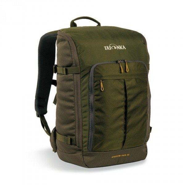 Рюкзак Tatonka Sparrow Pack 22 oliveКомпактный офисный рюкзак для учебы или работы. Основное отделение открывается полностью благодаря молнии, идущей по периметру рюкзака. Для ноутбука размером до 15,4 дюймов имеется специальное отделение-карман. Рюкзак, также, оснащен передним карманом с удобным органазйером. Рюкзак отлично держит форму, даже если внутри мало вещей.<br><br><br>Спинка Vent Comfort<br><br>Лямки анатомической формы<br><br>Регулируемый нагрудный ремень<br><br>Компрессионные стропы<br><br>Ручка для переноски<br><br>Дополнительные карманы в основном отделении<br><br>Рюкзак открывается полностью<br><br>Плотное дно<br><br>Передний карман с органайзером<br><br>Крючок для ключей<br><br>Отделение для ноутбука 15,4 дюйма<br><br>Вес кг: 0.75000000