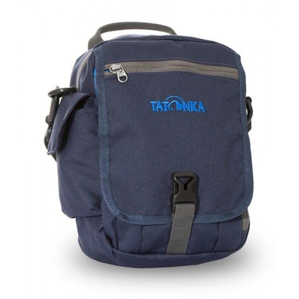Сумка Tatonka Check In XT Clip navyИдеальная сумочка для хранения документов и полезных мелочей в путешествии. Check In XT Clip , которую можно носить как на плече, так и на поясе, располагает большим основным отделением с двумя молниями , множеством кармашков и мини-органайзером. Крышка-клапан фиксируется фастексом.<br><br><br>петли для переноски на поясе<br><br>съемный плечевой ремень<br><br>ручка для переноски<br><br>органайзер<br><br>множество продуманных отделений<br><br>прочный материал<br><br>фирменный логотип<br><br>Вес кг: 0.27000000