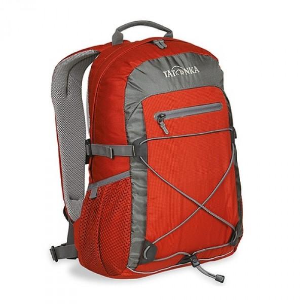 Рюкзак Tatonka Flying Fox salsaОригинальный городской рюкзак. Благодаря S-образным лямкам, обтянутым сеточкой AirMesh, регулируемому нагрудному ремню и съемному поясному, рюкзак отлично фиксируется на спине даже при интенсивном движении. Боковые стяжки надежно фиксируют содержимое рюкзака, а спинка, покрытая AirMesh, хорошо проветривается, обеспечивания комфортное ношение. Зигзагообразная эластичная шнуровка, боковые сетчатые карманы, передний карман на молнии Thrmo Fusion и вертикальный карман на молнии предоставляю дополнительное место для хранения и фиксации необходимых вещей. Светоотражающая полоска отлична видна в темноте.<br><br><br>S-образные лямки с покрытием AirMesh.<br><br>Подвеска Padded Back.<br><br>Спинка с покрытием AirMesh.<br><br>Нагрудный ремень.<br><br>Съемный поясной ремень.<br><br>Эластичная шнуровка.<br><br>Передний карман на молнии.<br><br>Эластичные боковые карманы.<br><br>Боковые стяжки.<br><br>Ручка для переноски.<br><br>Светоотражающая окантовка.<br><br>Держатель ключей.<br><br>Вес кг: 0.70000000