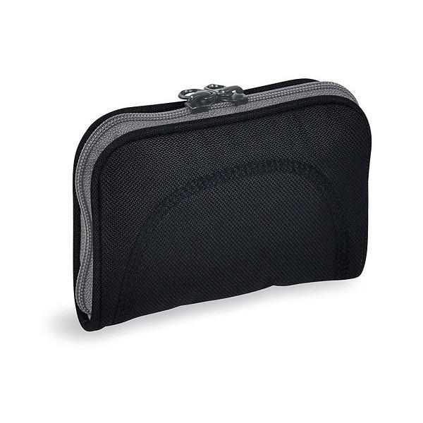 Кошелек Tatonka Big Plain Wallet blackКомпактный кошелек c отделением на молнии.<br><br>Компактный широко раскрывающийся кошелек.<br>Внутренний карман на молнии.<br>Небольшой внешний карман.<br><br>Вес кг: 0.10000000