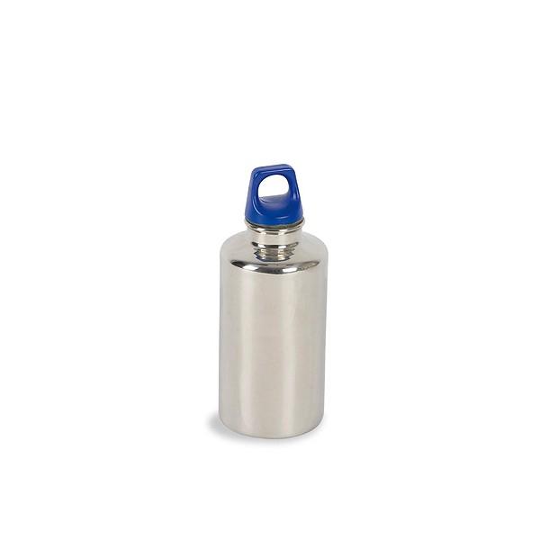 Фляга Tatonka Stainless Bottle 300mlФляжка из нержавеющей стали, абсолютно устойчивая к кислотам, содержащимся во фруктовых соках. Практичная завинчивающаяся крышка с кольцом креплением.<br><br>Вес кг: 0.20000000