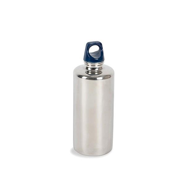 Фляга Tatonka Stainless Bottle 500mlФляжка из нержавеющей стали, абсолютно устойчивая к кислотам, содержащимся во фруктовых соках. Практичная завинчивающаяся крышка с кольцом креплением.<br><br>Вес кг: 0.10000000