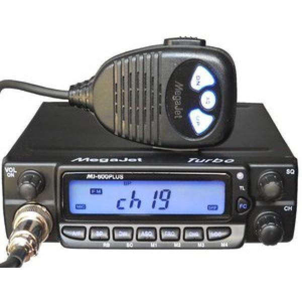 Радиостанция Megajet MJ-600 Plus Turbo автомобильнаяMegajet 600 Plus Turbo - надежная стационарная радиостанция Си-Би диапазона с увеличенной до 20 Вт мощностью передатчика, о чем говорит приставка Turbo. Также преимуществом модели являются эффективные радиаторы охлаждения выходных каскадов передатчика. Megajet 600 Plus Turbo работает на процессоре SAMSUNG 3P8249XZZ-TWR9, который гарантирует стабильные параметры радиосигнала и стабильность несущей частоты. Рация улавливает 240 каналов европейского и российского стандарта частот, а благодаря автоматическому пороговому шумоподавителю ASQ сигнал всегда будет чистым.<br><br>Вес кг: 0.90000000