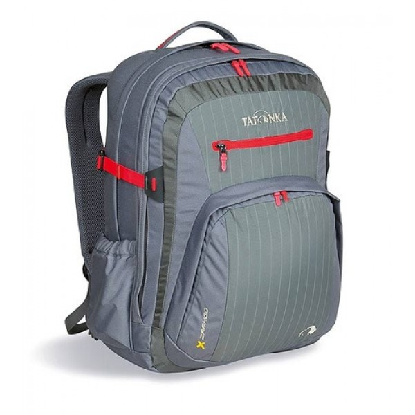 Рюкзак Tatonka Zaphod 28 carbonГородской рюкзак с идеальным оснащением для учебы или работы в офисе. Это не преувеличение. И в первую очередь это касается ноутбука. Zaphod оснащен специальным мягким отделением 15.4 и кроме того отдельной мягкой сумкой-чехлом для ноутбука, которую можно вынуть и использовать отдельно. Даже для аксессуаров от ноутбука предусмотрена отдельная вынимаемая сумка. Кроме двух основных отделений, Zaphod оснащен органайзером в переднем кармане и множеством кармашков , как внутри , так и снаружи - и все это разработано в соответствии с назначением того или иного элемента рюкзака. Разумеется, Zaphod хорош и как рюкзак- подвеска Vent Comfort, S-образные мягкие лямки и спинка, обтянутые сеточкой AirMesh, съемные нагрудный и поясной ремни - все это гарантирует удобство и комфорт и в городе , при выездах на пикник или в короткий поход.<br><br><br>Подвеска Vent Comfort.<br><br>S-образные мягкие лямки и спинка обтянуты сеточкой AirMesh.<br><br>Мягкое отделение для ноутбука 15.4 с отдельной вынимаемой сумкой-чехлом.<br><br>Сумочка для аксессуаров от ноутбука.<br><br>Передний накладной карман с органайзером.<br><br>Два основных отделения.<br><br>Передний карман на молнии.<br><br>Внешний боковой карман для фляги.<br><br>Внешний боковой карман на липучке.<br><br>Съемные нагрудный и поясной ремни.<br><br>Мягкое дно.<br><br>Держатель для ключей.<br><br>Вес кг: 1.50000000
