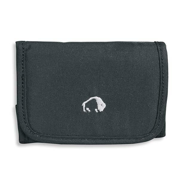 Кошелек Tatonka Folder blackПрактичный раскладывающийся кошелек на липучке с многофункциональными внутренними отделениями.<br><br><br>Множество функциональный отделений.<br><br>Отделение для кредитных карт.<br><br>Прозрачное окошко.<br><br>Карман для мелочи.<br><br>Вес кг: 0.10000000