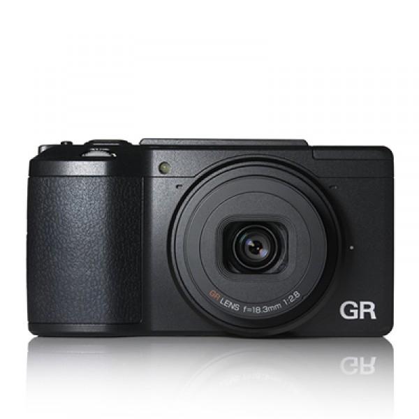 Компактный фотоаппарат Ricoh  GR IIКомпактный фотоаппарат Ricoh GR II<br><br><br>16-мегапиксельная матрица формата APS-С<br><br>Высокопроизводительный процессор GR ENGINE V<br><br>Светосильный объектив 28 мм f/2.8<br><br>Коммуникационные возможности: модуль Wi-Fi, поддержка NFC<br><br>Управление камерой со смартфона<br><br>Ультракомпактный прочный корпус из магниевого сплава<br><br>Съемка на высокой чувствительности с минимальными шумами, широкий динамический диапазон<br><br>Гибкая настраиваемая система управления<br><br>Запись видео Full HD в формате MPEG-4<br><br>Вес кг: 0.20000000