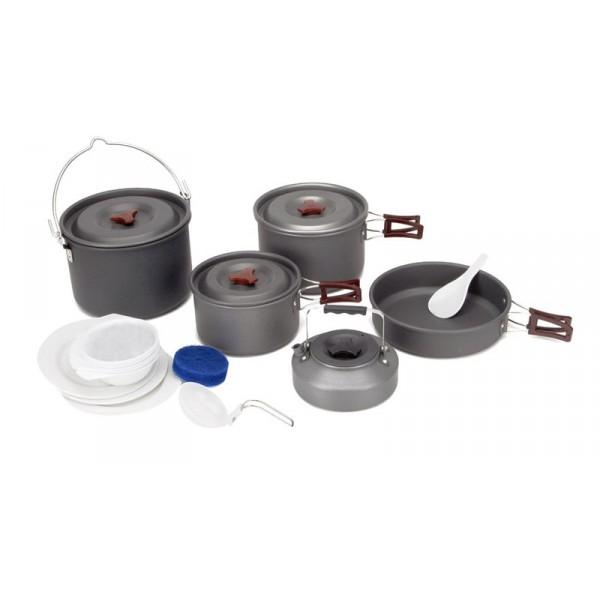 Набор посуды  с чайником Fire-Maple FMC-212 на 6-7 человекВ набор включены 3 котелка, очень большой котелок 213х140 мм/4,2 л, большой котелок 195х120 мм/3 л, средний котелок 170х100 мм/1,8 л, 1 сковорода 218х55 мм/1,5 л, 1 чайник 53х67 мм/0,8 л, 1 складной половник, 1 лопатка, 3 тарелки, 6 мисок, 1 губка для мытья посуды и 1 ситечко для чая. Котелки, чайник и сковородка сделаны из анодированного алюминия, жаропрочного, износостойкого и легкомоющегося. Набор поставляется с сетчатым нейлоновым мешочком для транспортировки и хранения. Вес набора 1870 г. Рассчитан на 6-7 человек.<br><br>Вес кг: 1.87000000