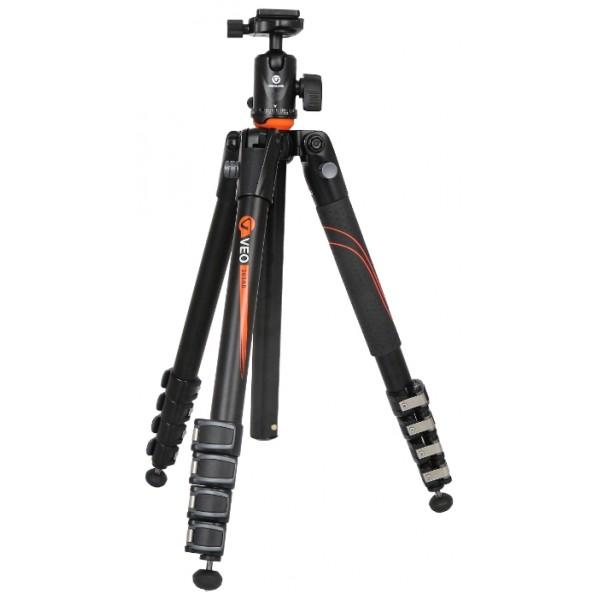 Штатив Vanguard VEO 265AB c шаровой головкой и чехломОдин из самых компактных штативов: в сложенном положении длина Vanguard VEO 265AB составляет всего 39 см (при этом штатив очень быстро раскладывается в готовое для съемки положение). Благодаря высокой рабочей нагрузк, данный штатив подходит даже для тяжелых профессиональных камер с длиннофокусной оптикой или для среднеформатной фототехники. Шаровая головка, идущая в комплекте, имеет пузырьковый уровень, а также совместима с площадками типа Arca Swiss. Резиновые наконечники ножек, подходящие для съемки на твердых покрытиях, завинчиваются, открывая стальные шипы, которые хорошо цепляются за открытый грунт. В комплекте со штативом идет удобный чехол для переноски.<br><br>Вес кг: 1.70000000