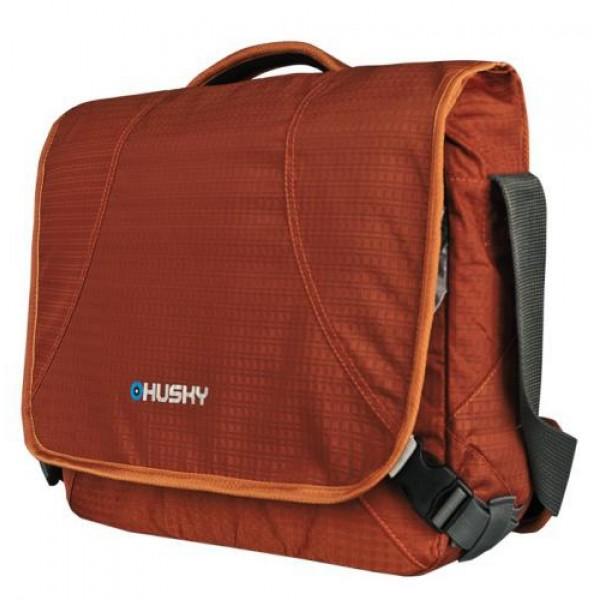 Сумка Husky Maroon 10Городская сумка с отделением для переноски ноутбука. 1 основное отделение; карманы; закрывающееся отделение для ноутбука 17; поясной ремень; регулируемая плечевая лямка; внутренний карман-органайзер<br><br>Вес кг: 0.60000000