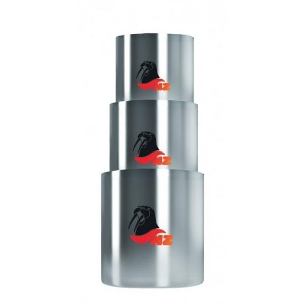 Набор термостаканов 200+320+450 мл. NZ SM-024Набор термостаканов N.Z. SM-024 из нержавеющей стали. В наборе три кружки 200, 320 и 450 мл. Это обычные термокружки N.Z., только без ручек. Они также долго сохраняют тепло напитка на ветру и даже если их поставить в снег, не обжигают руки и губы. Главным достоинством является компактность упаковки, когда в одном большом термостакане у вас упакованы еще два поменьше - для всей семьи. Упаковано в ярком чехле на молнии.<br><br>Вес кг: 0.50000000