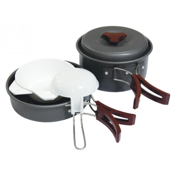 Набор посуды Tramp TRC-025Приобретая набор, Вы всегда найдете то, что может Вам понадобится во время отдыха на природе или в путешествии. Все предметы наборов очень легкие и компактно складываются друг в друга. Губка для мытья в комплекте позволит Вам без труда содержать всю посуду в чистоте. Наборы удобно упаковываются в мешочек из синтетической ткани.<br><br>Вес кг: 0.50000000