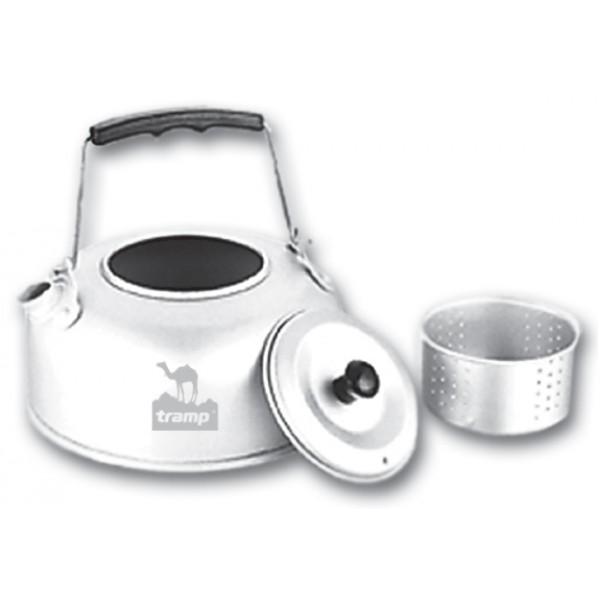 Чайник Tramp TRC-038 походный алюминиевый с заварникомЧайник имеет специальное сито для заварки, что делает приготовление чая более удобным. Плоская форма дна позволяет быстро нагреть воду, складная ручка и небольшой вес алюминия делает чайник особенно удобным для перевозки.<br><br>Вес кг: 0.20000000