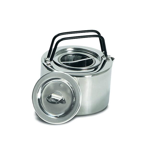 Чайник Tatonka Teapot 1.5lЧайник из нержавеющей стали с термоизолированными ручками и компактным дизайном. Замечательно подходит для использования дома и на выезде. В комплекте ситечко из нержавеющей стали<br><br>Вес кг: 0.40000000