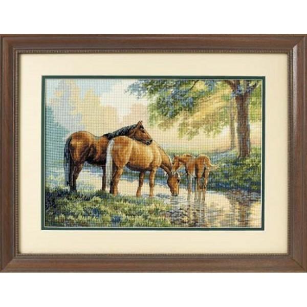 Dimensions  Horses by a Stream (Лошади у ручья).35174 СШАНабор для вышивания Dimensions 35174 Horses by a Stream (Лошади у ручья)<br>