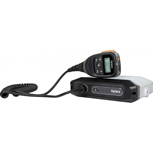 Радиостанция Hytera MD655 автомобильнаяЛегкий, обтекаемый, стильный дизайн. Размерами всего 165x46x140 мм и весом 1,05 кг (включая интеллектуальный микрофон).<br><br>Дистанционное управление. Все операции выполняются через микрофон,что удобно для работы и управления<br> <br>2-канальная связь в режиме DMO. В режиме DMO радиостанция Hytera обеспечивает 2-канальную связь, то есть два разговорных канала на одной частоте.<br><br>Настраиваемая выходная мощность. Возможность настройки от 1 до 20 Вт.<br><br>Отличное качество звука. Технологии узкополосного кодека и цифровой коррекции ошибок обеспечивают четкую передачу голоса в шумных условиях или на границе зоны покрытия. Для оптимизации<br>речевого сигнала на входе и выходе используется технология автоматической регулировки усиления.<br><br>Улучшенная сигнализация. Поддерживаются разные режимы улучшенной аналоговой сигнализации, в том числе HDC1200, 2-тональная и 5-тональная, что упрощает интеграцию в существующие аналоговые системы радиосвязи.<br><br><br>Разнообразные услуги. Помимо стандартных услуг связи, MD655 предлагает разнообразные услуги передачи данных и такие функции на выбор пользователя, как текстовые сообщения, телеметрия, экстренная связь, OATP и GPS.<br><br>Надежное качество. Радиостанция MD655 соответствует строгим стандартам MIL-STD-810 C/D/E/F/G и классу защиты IP54, обеспечивая отличные характеристики даже в очень суровых условиях.<br><br>Двухканальная псевдо-транкинговая связь. С помощью этой функции свободный канал можно назначать для экстренной связи, эффективно используя частотные ресурсы и обеспечивая оперативную связь в экстренных ситуациях.<br><br>Вес кг: 1.10000000