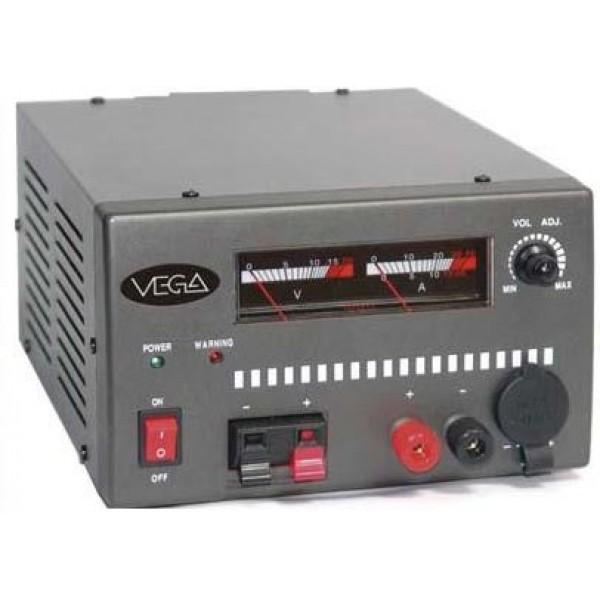 Блок питания Vega PSS 3045 импульсныйБлок питания импульсный, 13,8В, регулируемый, 30/45А. Измерители V/A, защита от КЗ, перегрузки, перенапряжения Габаритные размеры: 220 х 180 х 110 мм. Вес: 2.5 кг.<br><br>Вес кг: 2.60000000