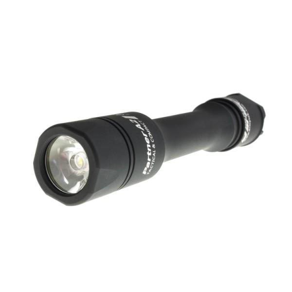 Фонарь Armytek Partner A2 v2 XM-L2 теплыйНепревзойденная яркость света 575 LED люмен и дальность до 125 метров.<br><br>TIR-оптика со сфокусированным лучом света без эффекта «туннельного зрения», а это значит, Вы получаете мягкую границу света, не вызывающую головную боль. Также TIR -оптика по сравнению с обычным рефлектором отличается большей эффективностью.<br><br>Конструкция, стойкая к царапинам и ударам, выдерживает падение с высоты 10 метров.<br><br>Повышенная пыле- и водонепроницаемость. Пыль, дождь, попадание в грязь и погружение на глубину до 10 метров в течение 2 часов никак не влияет на работу фонаря.<br><br>Самый современный сверхъяркий светодиод Cree (США) с гарантией на 50.000 часов.<br><br>Питание от популярных элементов типа AA, которое позволяет использовать фонарь в любое время и в любом месте.<br><br>Возможность крепления на оружие и установки выносной кнопки. Этот маленький подствольник способен выдержать отдачу оружия 12-го калибра.<br><br>Вес кг: 0.10000000
