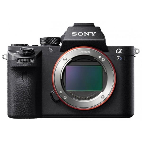 Фотоаппарат Sony Alpha ILCE-A7SM2 Body со сменной оптикойФотокамера с поддержкой сменных объективов, байонет Sony E, без объектива в комплекте, матрица 12.2 МП (Full frame), <br>съемка видео 4K, <br>поворотный экран 3, <br>Wi-Fi, <br>вес камеры 627 г<br><br>Вес кг: 0.70000000