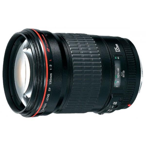 Объектив Canon EF 135mm f/2L USMCanon EF 135 f/2L USM телеобъектив с постоянным ФР, крепление Canon EF и EF-S, автоматическая фокусировка, минимальное расстояние фокусировки 0.9 м, размеры (DхL): 82.5x112 мм, вес: 750 г<br><br>Вес кг: 0.80000000