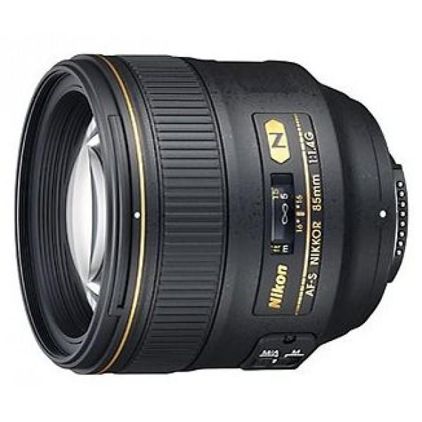 Объектив Nikon 85mm f/1.4G AF-S Nikkorтелеобъектив с постоянным ФР, крепление Nikon F, автоматическая фокусировка, минимальное расстояние фокусировки 0.85 м, размеры (DхL): 86.5x84 мм, вес: 595 г<br><br>Вес кг: 0.70000000