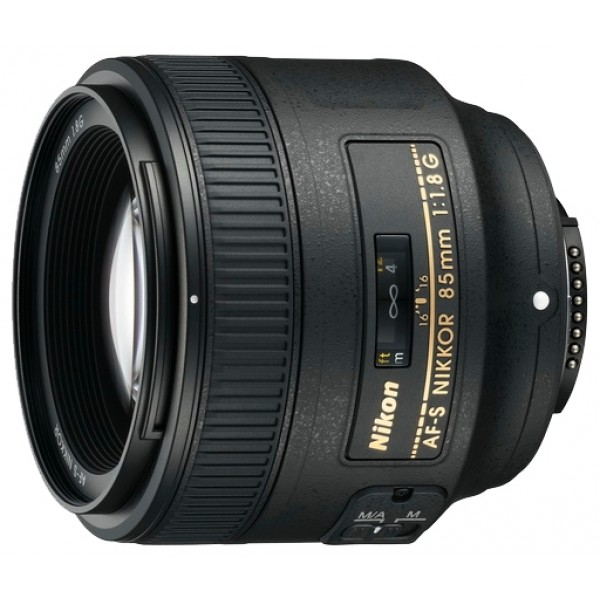 Объектив Nikon 85mm f/1.8G AF-S NikkorNikon 85mm f/1.8G AF-S Nikkor. стандартный объектив с постоянным ФР, крепление Nikon F, автоматическая фокусировка, минимальное расстояние фокусировки 0.8 м, размеры (DхL): 80x73 мм, вес: 350 г<br><br>Вес кг: 0.40000000