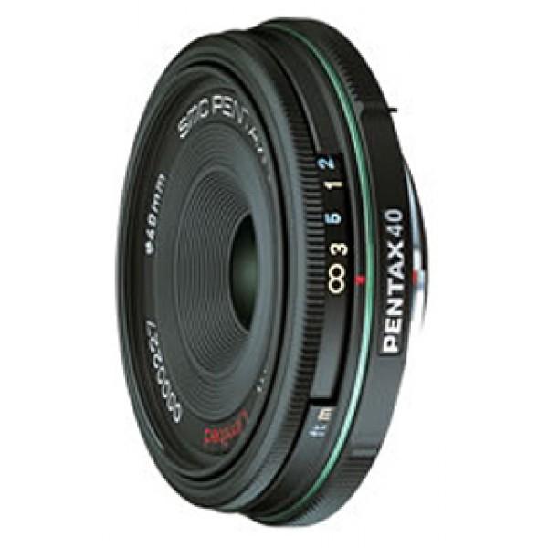 Объектив Pentax SMC DA 40mm f/2.8 LimitedPentax SMC DA 40mm f/2.8 Limited стандартный объектив с постоянным ФР, крепление Pentax KA/KAF/KAF2, для неполнокадровых фотоаппаратов, автоматическая фокусировка, минимальное расстояние фокусировки 0.4 м, размеры (DхL): 63x15 мм, вес: 90 г<br><br>Вес кг: 0.10000000
