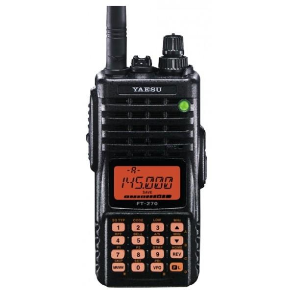 Радиостанция Yaesu FT-270R портативнаяYaesu FT-270R - прочная портативная высокоэффективная FM-радиостанция для работы в диапазоне 2 метра, с выходной мощностью до 5 Вт. Диапазон приема от 136 до 174 МГц, 200 каналов памяти, CTCSS и DCS кодер/декодер. FT-270R очень прочна и надежна, по влагозащищенности соответствует стандарту IPX7 (погружение в воду на глубину 1 м на 30 минут). Радиостанция имеет мощный 800 мВт аудио усилитель для использования в шумном окружении. Рация FT-270R похожа на VX-170, но в ней добавлен режим Только память и больше мощность звучания динамика.<br><br>Вес кг: 0.50000000