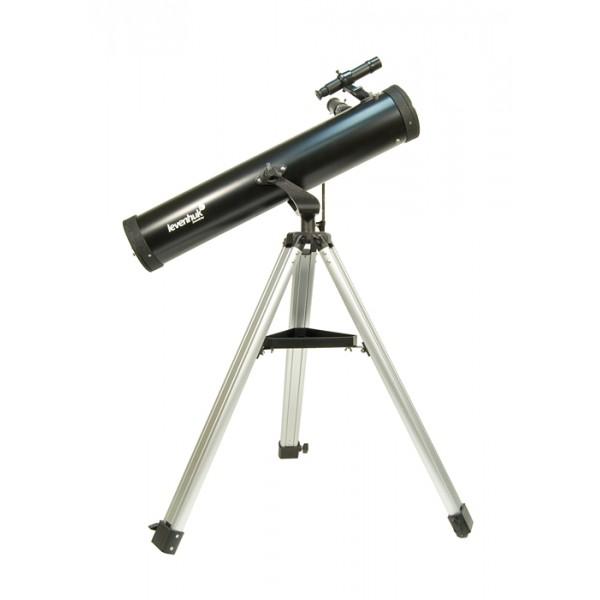 Телескоп Levenhuk Skyline 76x700 AZLevenhuk Skyline 76х700 AZ – это зеркальный телескоп, выполненный по одной из самых ранних и самых популярных оптических схем – рефлектора Ньютона. Это хороший вариант первого инструмента для начинающего любителя астрономии, приступающего к самостоятельным наблюдениям, поскольку он сочетает в себе хорошее качество изображения, простоту в обращении и привлекательную цену. Зеркальная оптическая схема не имеет искажений цветопередачи – хроматической аберрации, в той или иной степени присущей всем недорогим линзовым телескопам и особенно заметной на границах ярких объектов. В комплекте идет все необходимое, чтобы начать наблюдения. 76-мм зеркало телескопа собирает в 100 раз больше света, чем невооруженный глаз, и способно показать множество объектов в Солнечной системе и за ее пределами: горы и кратеры на Луне, фазы Венеры, диск Юпитера и его 4 спутника, кольца Сатурна и Титан, двойные звезды и звездные скопления, а также яркие туманности и галактики.<br>