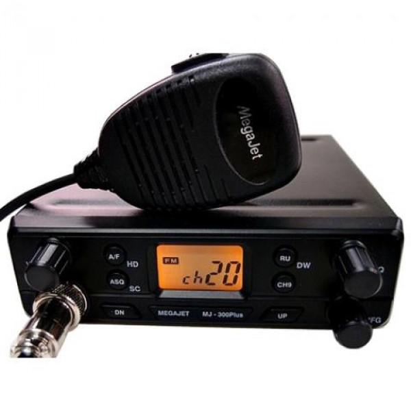 Радиостанция Megajet MJ-350 автомобильнаяМодель MJ350 имеет только необходимые функции для комфортной работы в эфире. В радиостанции доступны 135 каналов памяти ( 3 частотные сетки + «дырки» ). Память радиостанции энергонезависима. Особенностью всей новой линейки Megajet, и в частности MJ-350 - наличие Автоматического шумоподавителя (ASQ) и отдельная кнопка для переключения между Российской ( 0 ) и Европейской (5) сетками. Рация Megajet 350 оснащена мощным динамиком (3 Вт)<br><br>Вес кг: 1.00000000