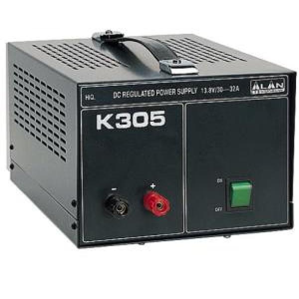 Блок питания Alan K-305Блок питания Alan K-305 трансформаторный. Входное напряжение AC 210-230 Вольт. Выходное стабилизированное напряжение у Алан 305 13,8 Вольт. Ток номинальный 30 Ампер, максимальный 32 Ампер. У Alam k305 имеется защита от короткого замыкания и от перегрева. Блок питания Алан 305 имеет добротный прочный корпус. Лаконичный дизайн является его достоинством. Ничего лишнего. Лампочка выключателя в темноте светится успокаивающим зеленым цветом. Подходящий вариант для стационарного использования.<br><br>Вес кг: 14.10000000
