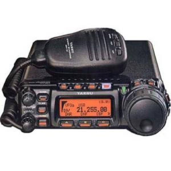 Радиостанция Yaesu FT-857D автоКомпактная и надежная радиостанция с превосходным набором функций. Сочетая в себе довольно скромные размеры и небольшой вес, надежную конструкцию на основе качественных компонентов, а также безупречное качество сборки и отличную эргономику, портативная радиостанция Yaesu FT-857D обладает превосходным набором функций, присущих куда более габаритным и продвинутым моделям. Это устройство отлично подойдет для любителей путешествовать, а превосходное качество приема в широком диапазоне частот и солидный набор совместимых аксессуаров позволит комфортно использовать гаджет в любой ситуации. Продвинутая система фильтрации с дополнительным блоком DSP<br><br>Вес кг: 2.10000000