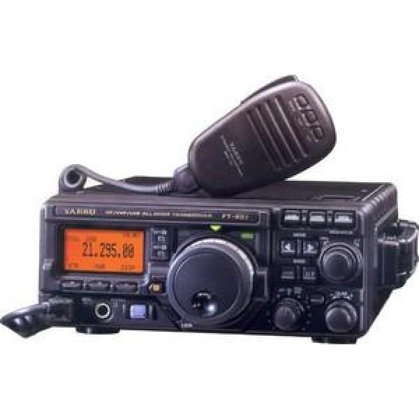 Радиостанция Yaesu FT-897D автоТрансивер Yaesu FT-897 / FT-897D работает в диапазонах MF, HF, VHF, UHF в модуляциях USB, LSB, CW, AM, FM, F1, F2., c выходной мощностью в зависимости от частоты и модуляции достигает 100 Вт. ( SSB/CW/FM: 100 Вт (160-6 метров), 50 Вт (2 метра), 20 Вт (0.7 метра), AM: 25 Вт (160-6 метров), 12.5 Вт (2 метра), 5 Вт (0.7 метра) )<br><br>Вес кг: 3.90000000