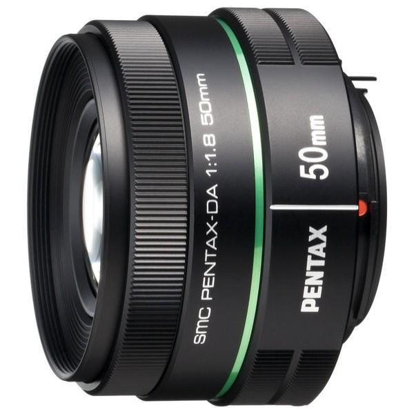 Объектив Pentax SMC DA 50mm f/1.8стандартный объектив с постоянным ФР, крепление Pentax KA/KAF/KAF2, для неполнокадровых фотоаппаратов, автоматическая фокусировка, минимальное расстояние фокусировки 0.45 м, размеры (DхL): 63x38.5 мм, вес: 122 г<br><br>Вес кг: 0.20000000