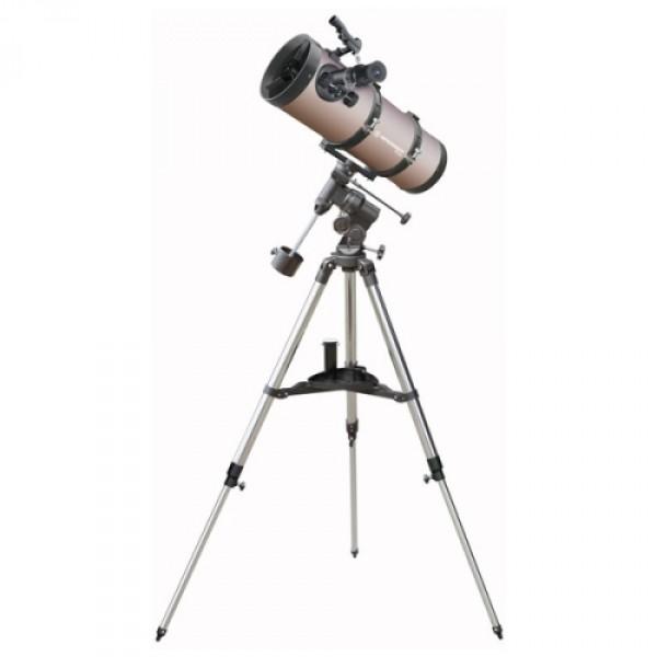 Телескоп Bresser Pluto 114/500Небольшой телескоп-рефлектор Bresser Pluto 114/500 удобен для  любителей путешествий, поскольку его можно перевозить с собой. Он  подойдет и новичку, и более опытному любителю астрономии. Но даже при  своих миниатюрных размерах Bresser Pluto 114/500 отличается качественной  оптикой и дает изображение высокого качества, а кроме того, телескоп  оснащен достаточно большим зеркалом, которое дает широкое поле зрения. Вам удастся разглядеть лунные разломы и кратеры даже небольшого  диаметра, посмотреть, как марсианская осень сменяет марсианское лето.  Также Вашему взору будут доступны все планеты вплоть до Нептуна, яркие  кометы, слабые звезды и яркие далекие туманности, скопления и галактики.<br><br>Вес кг: 13.80000000