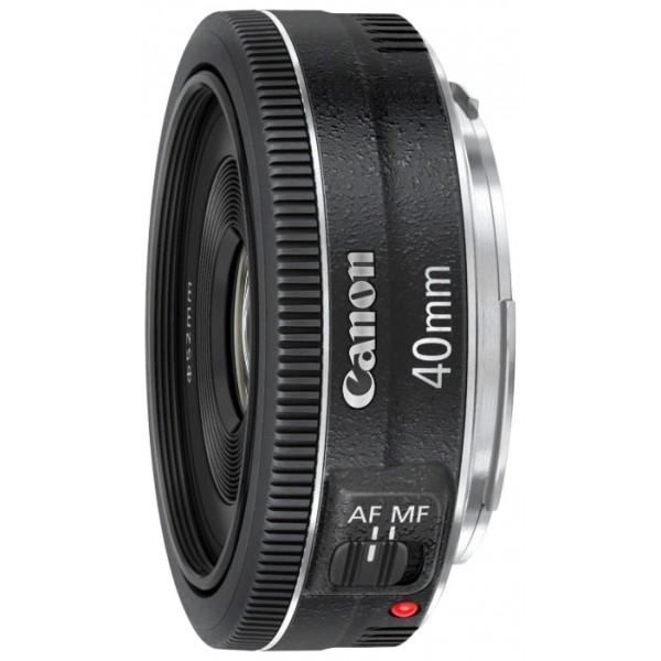 Объектив Canon EF 40mm f/2.8 STMНовейший, универсальный компактный объектив-блинчик. Большая светосила позволяет снимать при низкой освещенности и контролировать глубину резкости. STM обеспечивает плавную бесшумную автофокусировку при видеосъемке совместимыми камерами.<br><br>Вес кг: 0.20000000