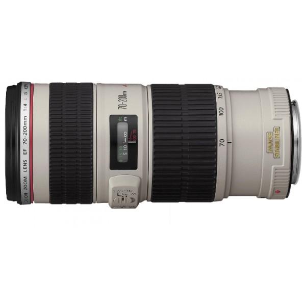 Объектив Canon EF 70-200mm f/4L IS USMCanon EF 70-200 f/4L IS USM Zoom-телеобъектив, крепление Canon EF и EF-S, встроенный стабилизатор изображения, автоматическая фокусировка, минимальное расстояние фокусировки 1.2 м, размеры (DхL): 76x172 мм, вес: 760 г<br><br>Вес кг: 0.80000000