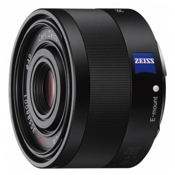 Объектив Sony Carl Zeiss Sonnar T* 35mm f/2.8 ZA (SEL-35F28Z)широкоугольный объектив с постоянным ФР, крепление Sony E, минимальное расстояние фокусировки 0.35 м, размеры (DхL): 61.5x36.5 мм, вес: 120 г<br><br>Вес кг: 0.20000000