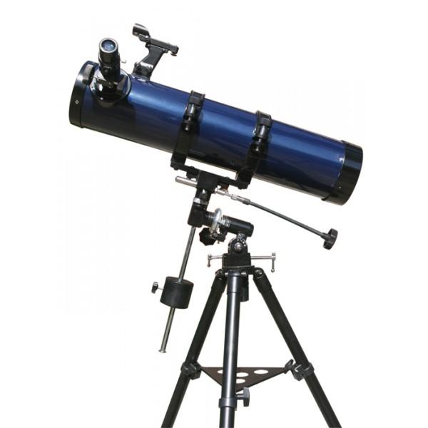 Телескоп Levenhuk Strike 100 PLUSРефлектор Ньютона Levenhuk Strike 100 PLUS – это идеальный инструмент для загородных астрономических наблюдений. Благодаря прекрасной оптике телескопа вы сможете увидеть фазы Венеры и моря на Марсе, спутники Юпитера и кольца Сатурна, далекие звездные скопления и туманности. Богатая комплектация позволит вам использовать возможности телескопа в полной мере.<br>Levenhuk Strike 100 PLUS – это рефлектор с диаметром главного зеркала 102 мм. Такая оптическая схема обеспечивает яркое, контрастное и чистое изображение без хроматических аберраций. Дополнительно на оптические элементы нанесено алюминиевое покрытие с высоким коэффициентом отражения. Наилучшего качества картинки можно добиться при загородных наблюдениях. В комплект входит два окуляра. Для ведения обзорных наблюдений рекомендуется использовать окуляр с фокусным расстоянием 25 мм, а для детального изучения интересующих вас объектов больше подойдет зум-окуляр с переменным фокусным расстоянием 6,8–16 мм. Телескоп комплектуется двухэлементной ахроматической линзой Барлоу 2x.<br>Телескоп установлен на экваториальную монтировку EQ1. Данная монтировка удобна в обращении, обеспечивает быстрый поиск объектов и позволяет следовать за суточным движением небосвода вращением вокруг только одной оси. Стальной штатив обеспечивает устойчивость телескопа во время наблюдений.<br>Комплектация Levenhuk Strike 100 PLUS позволяет приступить к изучению звездного неба сразу после приобретения телескопа. В коробке вы найдете полезные оптические аксессуары, интересные печатные и электронные материалы и сумку для транспортировки.<br><br>Вес кг: 14.60000000